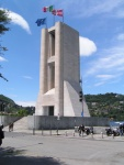 Monumento ai caduti della prima guerra mondiale, opera di Giuseppe Terragni, realizzata nel 1931-1933