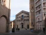 Cattedrale con parte del Campanile e parte del Battistero